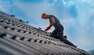 Alrasol, installatie zonnepanelen op een dak